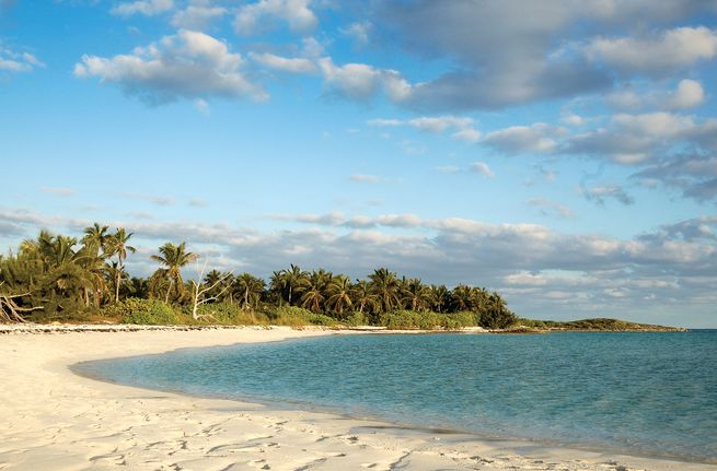 charter a jeanneau in the abacos