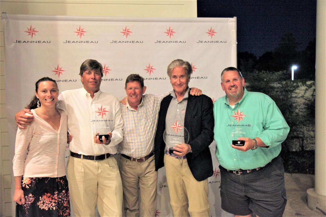 Jeanneau Dealer Awards